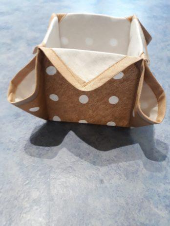 Petit panier pour serviettes de table